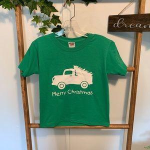 MERRY CHRISTMAS youth Sz S T-shirt NWOT